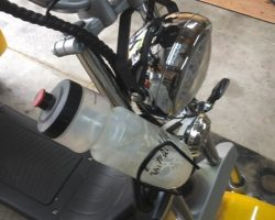 Drink bottle holder for Venture golf trike