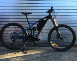2021 HARO Shift R9 CYC X1 Pro with 48v 17.5ahr custom battery & bag